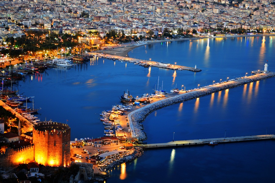 Горящий тур на 2 недели из Москвы в Турцию