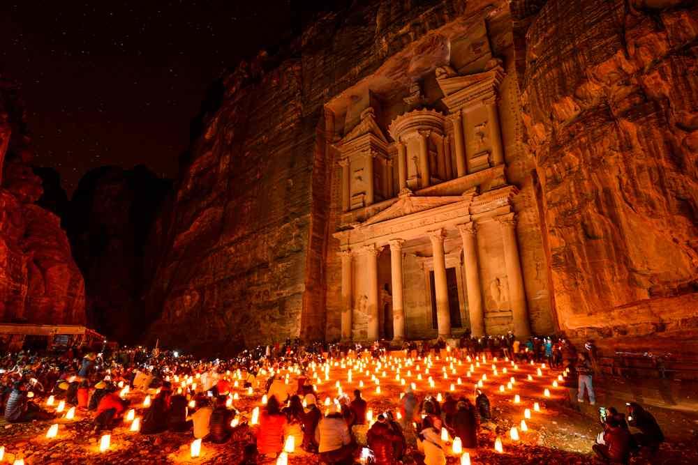 Очень горящий тур в Иорданию на 8 дней всего за 12400 рублей