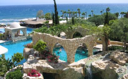 Недорогой тур из Петербурга на Кипр всего за 12700 рублей