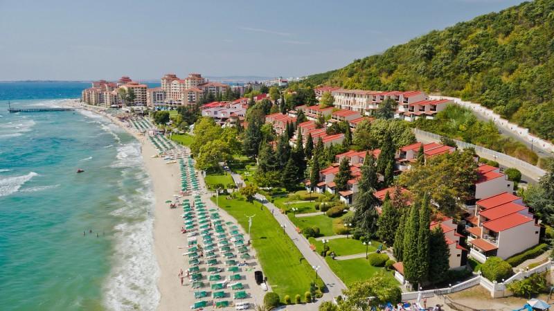Горящий тур из Москвы в Болгарию на 14 ночей за 16200 рублей