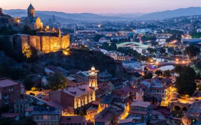 Дешевые билеты из Петербурга в Тбилиси и обратно всего за 8900 рублей