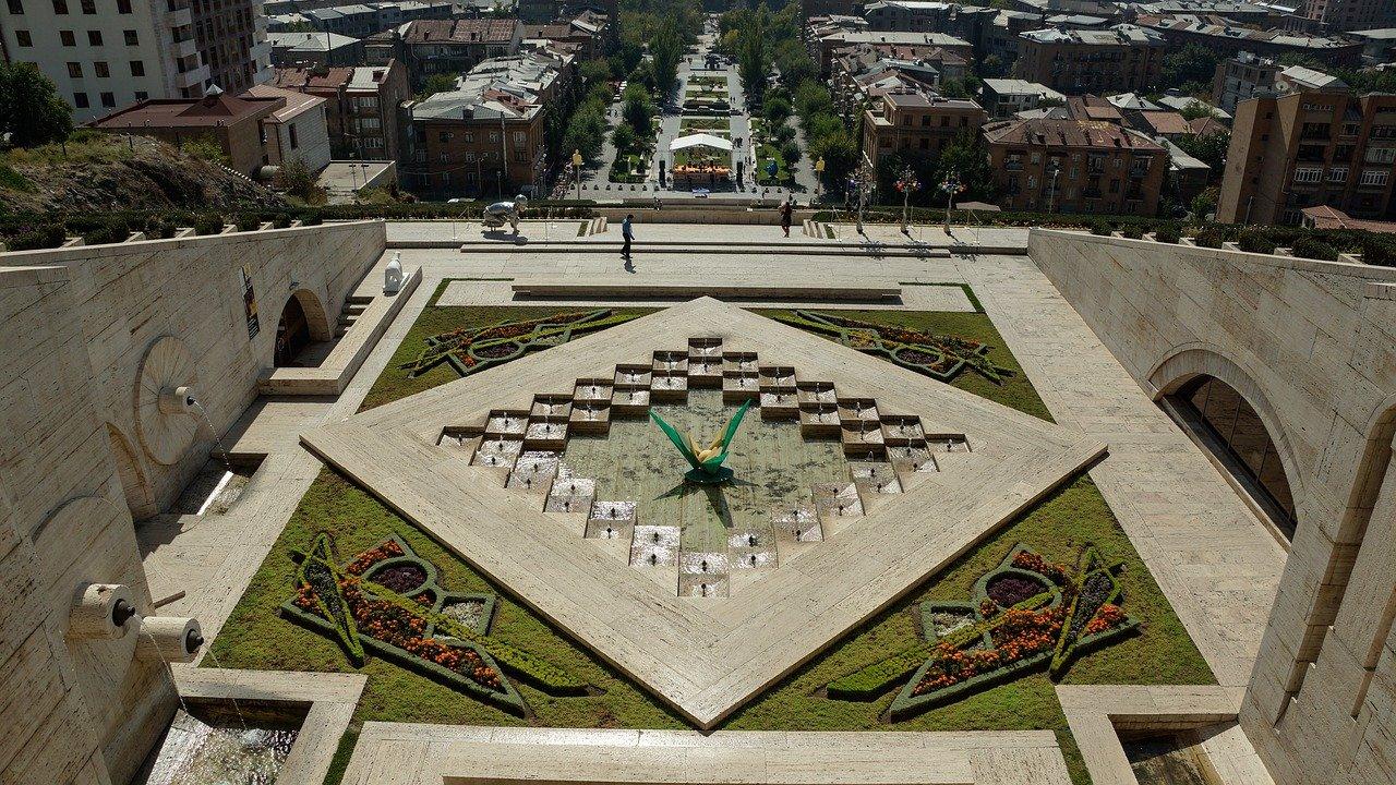 Горящий тур на Майские праздники из Москвы в Армению
